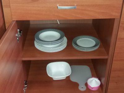 Apartman Bansko Izdavanje pribor u kuhinji